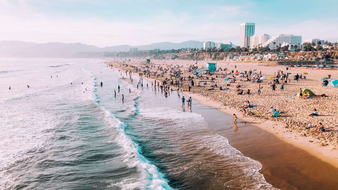 9 Statistics about Santa Monica you MUST KNOW!