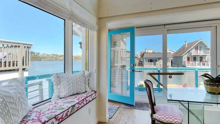 Modern Living: 39 W Pier, Sausalito CA 94965